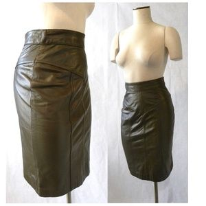 VTG Soft Leather Pencil Skirt Tight Fit Brown XS